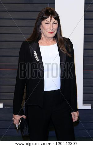 LOS ANGELES - FEB 28:  Anjelica Huston at the 2016 Vanity Fair Oscar Party at the Wallis Annenberg Center for the Performing Arts on February 28, 2016 in Beverly Hills, CA