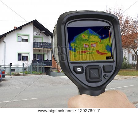 Basement Garage Heat Leak Thermal Imaging