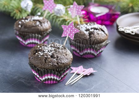 Chocolate Cupcake with Snowflakes in Pink Punnet