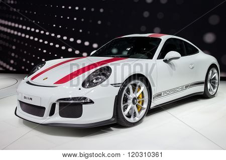 2017 Porsche 911R