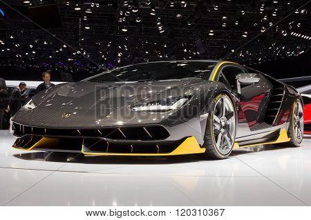 Lamborghini's 760Bhp Centenario