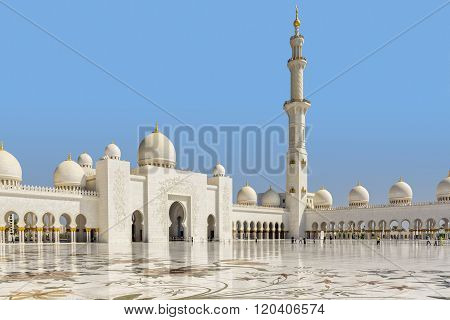 Sheik Zayed Mosque Internal Courtyard