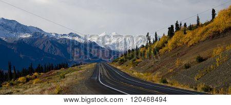 Glenn Highway in Fall
