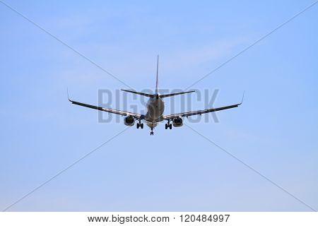 Airplane landing at Tokyo international airport (B737)