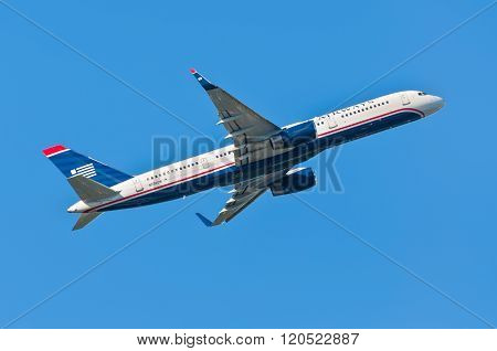 US Airways Boeing 757-200 Takes Off From Cyril E. King Airport, St. Thomas