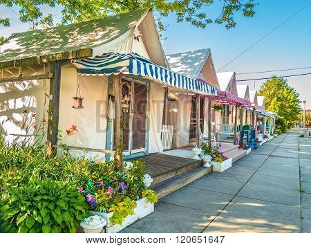 Vacation Tent Homes