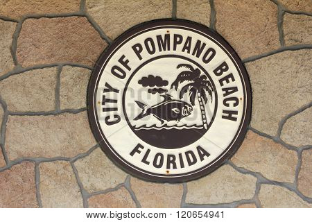 Round City Of Pompano Beach Sign