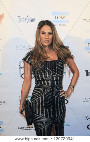 MALIBU - MAR 5: Bonnie Jill Laflin at the Children International Charity's 'Share The Love Around The World' Fundraiser at Rocky Oaks Malibu on March 5, 2016 in Malibu, California