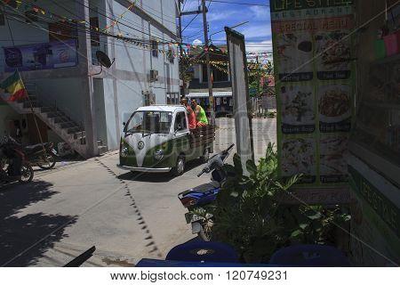 Auto Rickshaw Tuk-tuk Taxi Driver