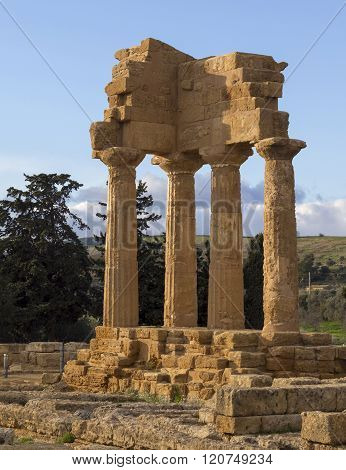Ancient Greek Temple , Valley Of The Temples