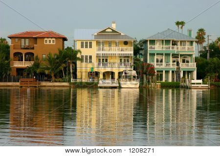 Intercoastal  Waterway Homes
