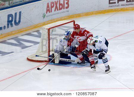 V. Leshchenko (27) Attack