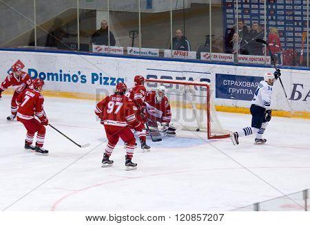 Victor Alexandrov (34) Score