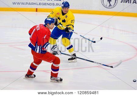 Tomas Kucharcik (17) Vs Thomas Eriksson (27)