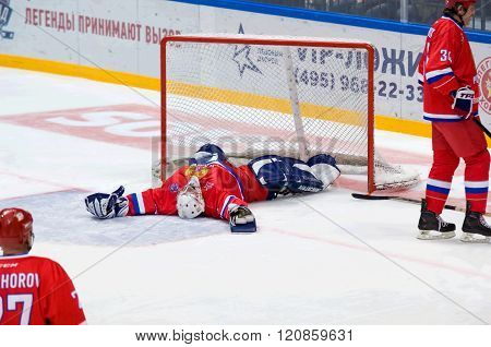 M. Mikhaylovsky (20) Lay Down On Ice