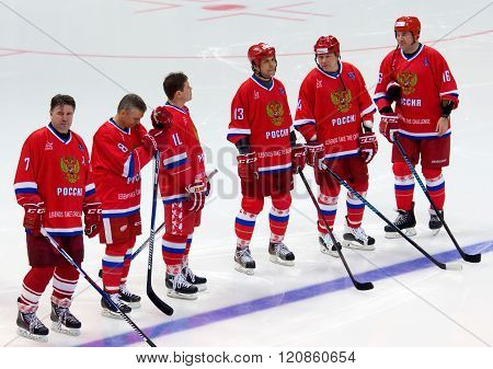 Russia Team Row