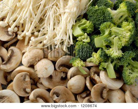 Mushrooms & Broccoli