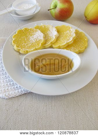 Oven baked gluten-free maize pancakes with applesauce