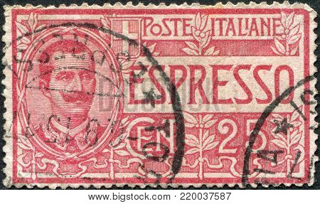 ITALY - CIRCA 1908: A stamp printed in Italy, shows the King of Italy Victor Emmanuel III (express mail), circa 1908