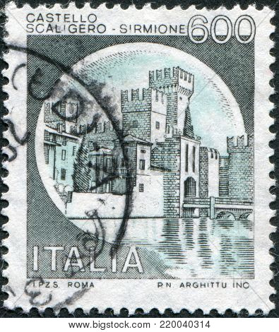 ITALY - CIRCA 1980: A stamp printed in Italy, shows Scaligero Castle, Sirmione, circa 1980