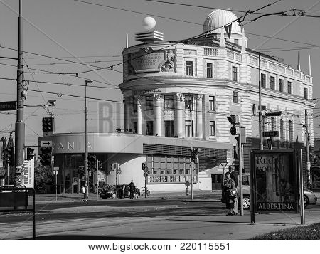 VIENNA, AUSTRIA - OCTOBER 16, 2005: People at Urania Art Nouveau style building in Vienna on October 16, 2005. Urania is a public educational institute and observatory.
