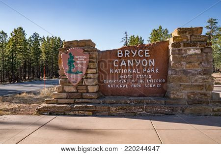 BRYCE, UTAH - OCTOBER 20, 2017: Entrance sign to Bryce Canyon National Park in Bryce, Utah