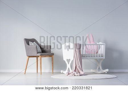 Simple Baby's Bedroom