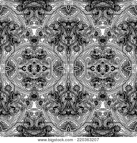 Abstract seamless lace paisley pattern. Traditional oriental geometric ornament. Black  outlines on white background. Textile design.