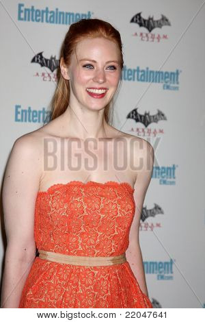 LOS ANGELES - JUL 23:  Deborah Ann Woll arriving at the EW Comic-con Party 2011 at EW Comic-con Party 2011 on July 23, 2011 in Los Angeles, CA