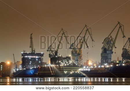 The city shipyard at night.Here the work goes on without interruption.