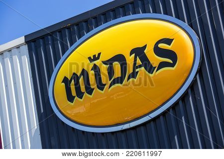 Argenteuil, France - April 23 2015: Closeup On Midas Logo,. Midas Is A Company Specialised In Fast C