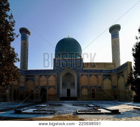 Exterior view to Gur-i Amir mousaleum, tomb of Tamerlan at Samarkand, Uzbekistan
