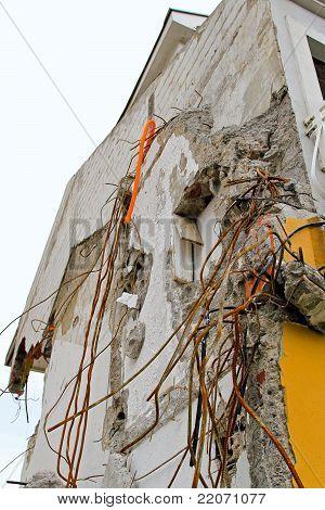 Earthquake Concrete
