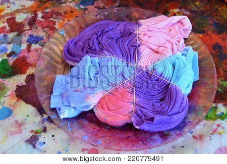 wet tye dye shirt craft being made