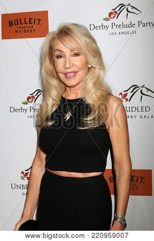 LOS ANGELES - JAN 5:  Linda Thompson at the Unbridled Eve Derby Prelude Party Los Angeles at the Avalon on January 5, 2018 in Los Angeles, CA