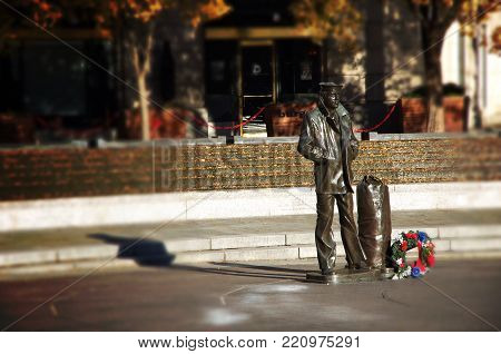 Washington Dc--nov 29, 2017, Bronze Statue Of Sailor Standing At United States Navy Memorial In Unit