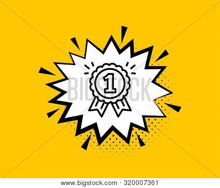 Reward Medal Line Icon. Comic Speech Bubble. Winner Achievement Or Award Symbol. Glory Or Honor Sign