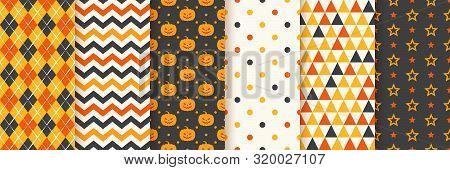 Halloween Seamless Pattern. Haloween Background. Vector. Geometric Texture With Pumpkin Face, Zig Za