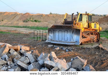 Track-type Bulldozer, Earth-moving Equipment. Land Clearing, Grading, Pool Excavation, Utility Trenc