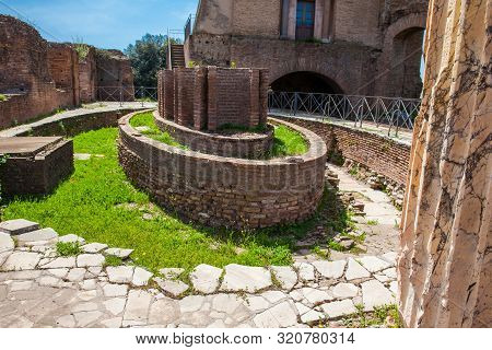 Oval Fountain Of The Cenatio Of The Flavian Palace Also Known As The Domus Flavia On The Palatine Hi