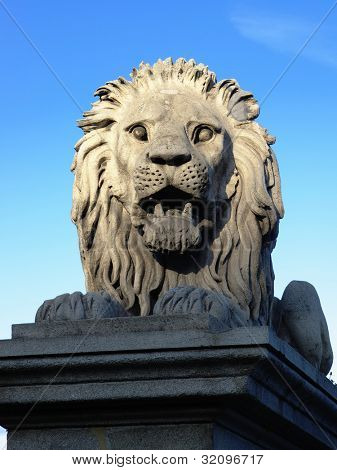 Lion of Chain Bridge in Budapest, the lions were carved in stone by the sculptor, Marschalko J���¡nos. They are visibly similar in design to the famous bronze lions of Trafalgar Square