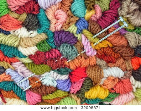 Coloured Yarns with Knitting Needles