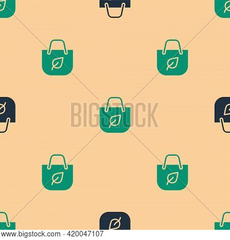 Green And Black Paper Shopping Bag With Recycle Icon Isolated Seamless Pattern On Beige Background.