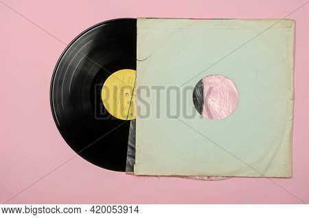Vinyl Record Violin Concerts By Soviet Musicians. Classical Music. Record By Melodia, 1980s. Side B