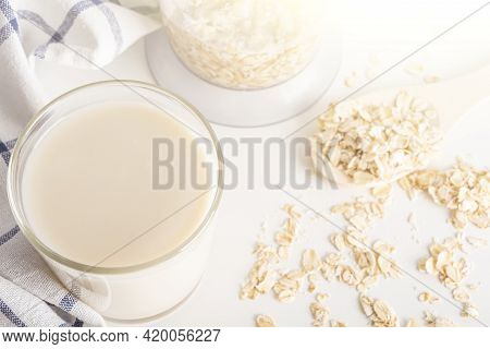 Step By Step Recipe. Cooking Oat Vegetable Milk. Step 3 Cooked Milk In Glass. Homemade Food Concept.