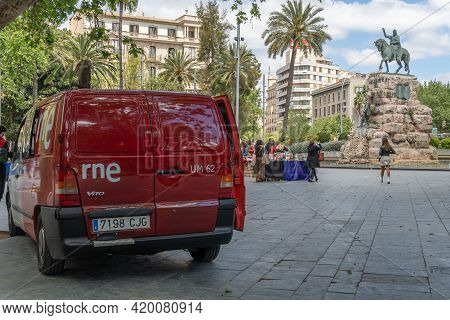 Palma De Mallorca, Spain; April 23 2021: Radio Nacional De España Rne Van With The Book Fair In The