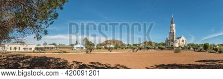 Hanover, South Africa - April 2, 2021: Panorama Of Hanover In The Northern Cape Karoo. The Historic