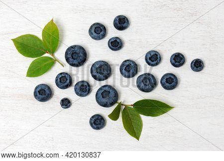 Arrangement of fresh blueberries, close up