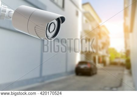 Cctv Security Camera Monitoring. Protect Your Home From Thieves.