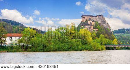 Oravsky Podzamok, Slovakia - May 01, 2019: Oravsky Castle On The Hill Near The River. Popular Travel
